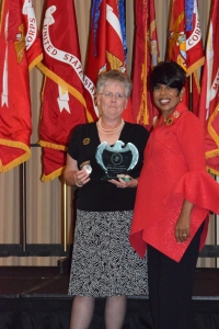 2016 National Service Award Winner Rhonda Amtower
